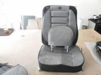 Чехлы с подголовниками на УАЗ 452 ЛЮКС передние объемные, комплект 2 места